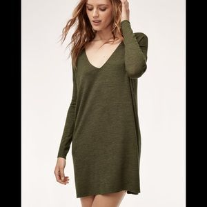 "ARITZIA ""WILFRED FREE"" Gail Long Sleeve Dress"